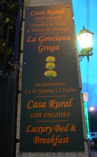 Ca La Gemma i L'Isidre : Guest accommodation near Angoustrine-Villeneuve-des-Escaldes