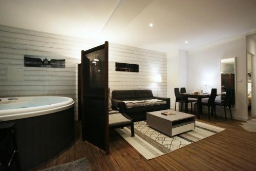 Le Domaine de Saint-Jean : Apartment near Latresne