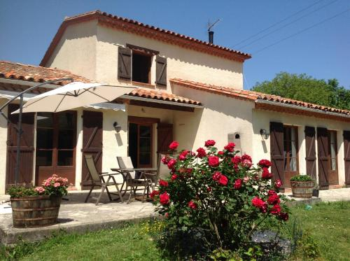 Chez Irene : Bed and Breakfast near Montbel