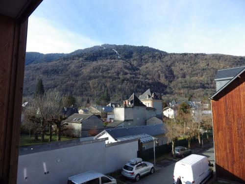 Appartement Ramel Luchon : Apartment near Saccourvielle