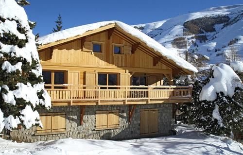 Odalys Chalet La Muzelle : Guest accommodation near Saint-Christophe-en-Oisans