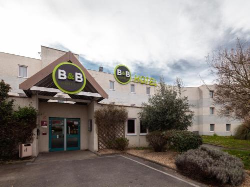 B&B Hôtel EVRY LISSES 1 : Hotel near Lisses