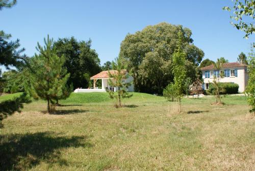 Le Cottage : Guest accommodation near Casteljaloux