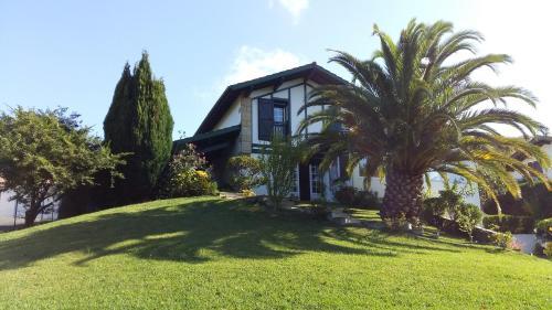 Appartement dans Villa - Hatsa Hartu : Apartment near Ahetze