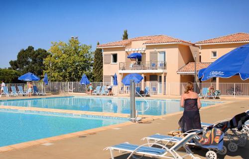 Résidence Odalys Les Océanides : Guest accommodation near La Londe-les-Maures