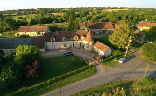 Manoir de Rouillé : Guest accommodation near Barville