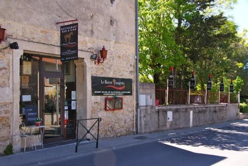 Le Bistrot Vinaigrette : Bed and Breakfast near Guzargues