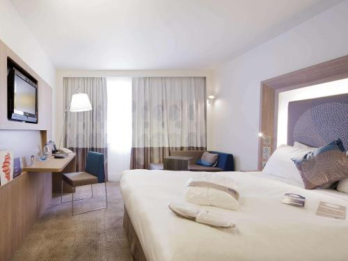 Novotel Rennes Alma : Hotel near Bourg-des-Comptes