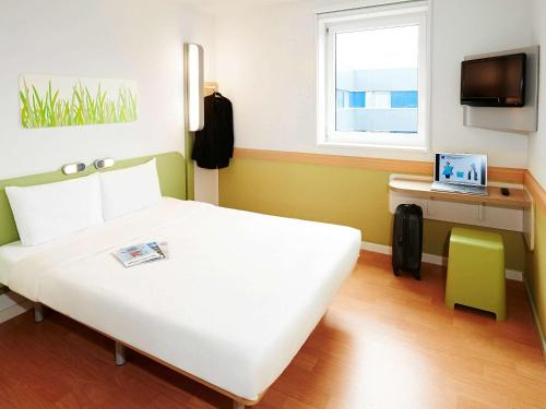 ibis budget Cergy Pierrelaye : Hotel near Herblay