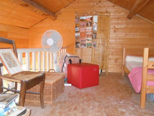Les Petits Registres : Guest accommodation near Saint-Étienne-de-Crossey