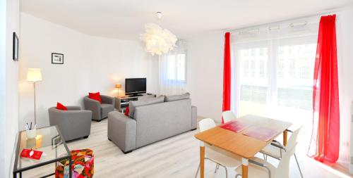 Appart' Lortet : Apartment near Oullins