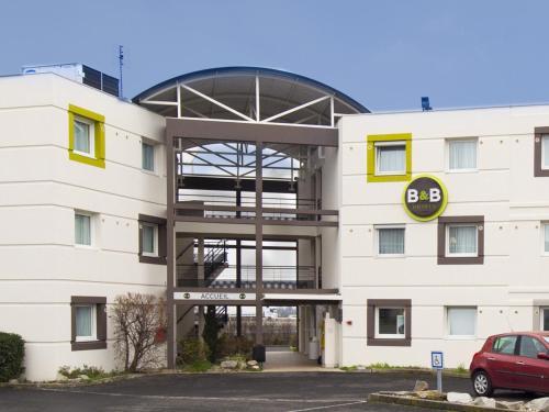 B&B Hôtel Clermont-Ferrand Gerzat 2 : Hotel near Cébazat