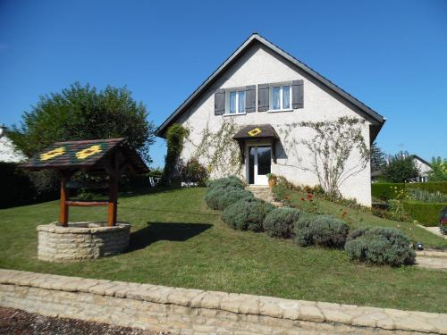 CHAMBRES D'HOTES EN COTE D'OR : Bed and Breakfast near Montot
