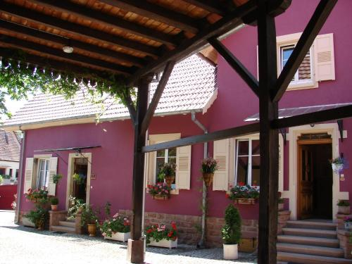 Les Gavottes : Guest accommodation near Uttenheim