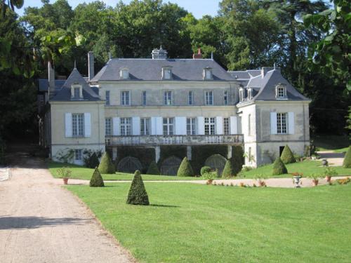 Chambres d'Hôtes Le Château de la Plante : Bed and Breakfast near Availles-en-Châtellerault
