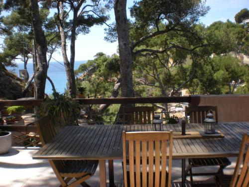 Villa Calanques : Guest accommodation near Le Rove