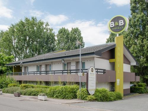 B&B Hôtel Pontault Combault : Hotel near Chevry-Cossigny