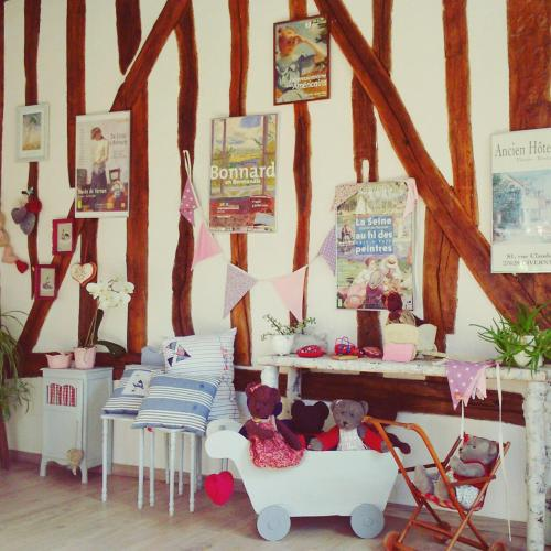 Forest Farm : Bed and Breakfast near Bonnières-sur-Seine
