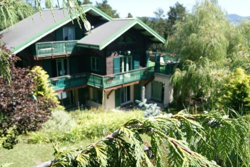 Chalet le Polonez : Guest accommodation near Eyne
