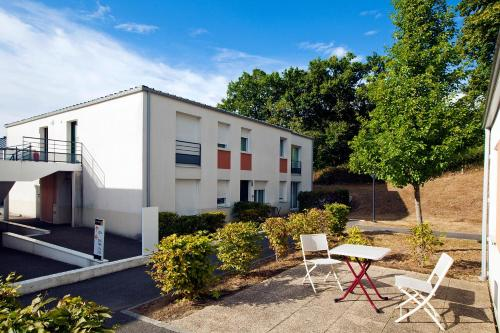 Cerise Nantes Atlantis : Guest accommodation near Indre