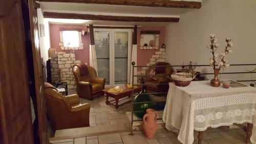 Les Marguauds : Guest accommodation near Malaucène