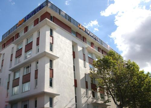 Novotel Suites Clermont Ferrand Polydome : Hotel near Blanzat
