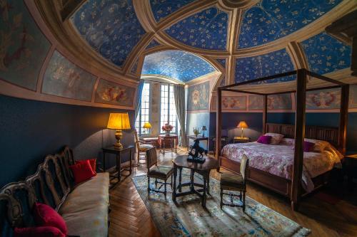 Château de la Flocellière : Bed and Breakfast near Combrand