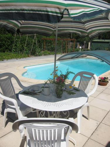 Au Verger B&B : Bed and Breakfast near Castillon