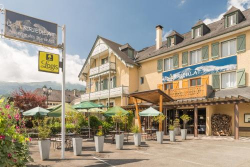 Arrieulat Auberge des Pyrénées : Hotel near Agos-Vidalos