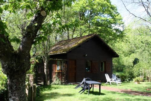 Weir Cottage : Guest accommodation near Saint-Léger-Magnazeix