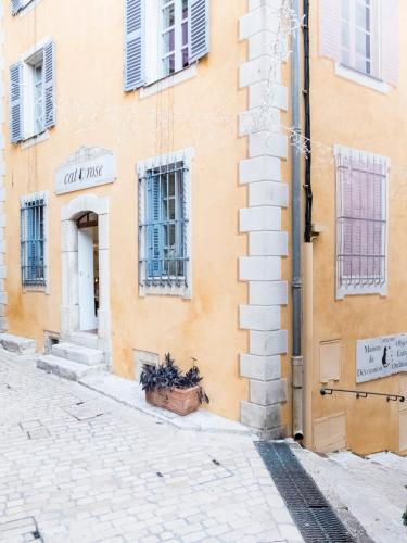 Cat & Rose Homestay : Guest accommodation near Tourrettes-sur-Loup