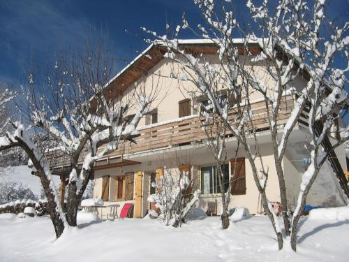 Les Elfes : Apartment near Montclar