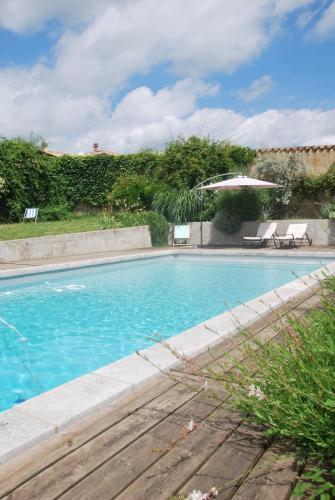 La Parenthèse en Beaujolais : Guest accommodation near Ranchal