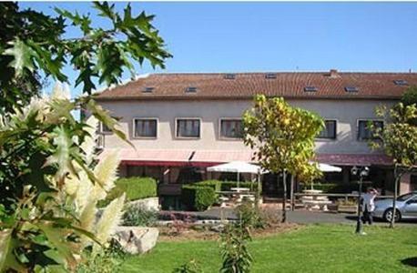 Les Glycines : Hotel near Sembadel