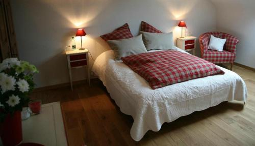Les Chambres du Beau Regard : Bed and Breakfast near Bourg-Bruche