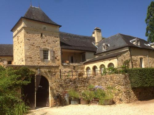 Les Bernardies : Guest accommodation near Simeyrols
