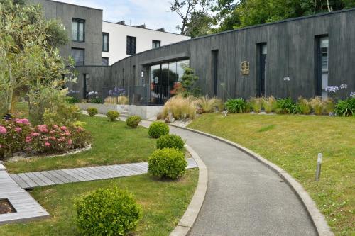 Best Western Plus Hotel De La Regate : Hotel near La Chapelle-sur-Erdre