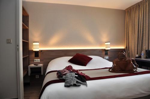 Hôtel Inn Design Saint Brieuc Plerin : Hotel near Saint-Brieuc