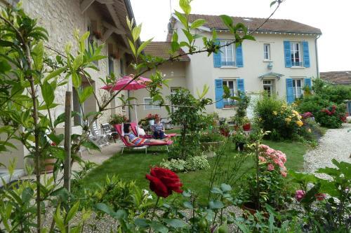 Les chambres d'hôtes Joy : Guest accommodation near Contreuve