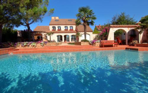 Le Mas Champenois : Bed and Breakfast near Courtémont
