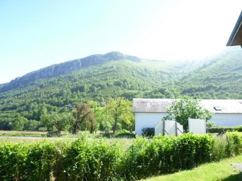 villa pascalou : Guest accommodation near Campan
