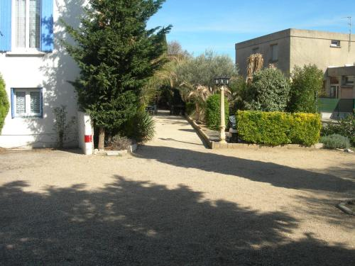 Hotel les Acanthes : Hotel near Remoulins