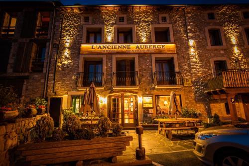 Hotel L'ancienne Auberge : Hotel near Eyne