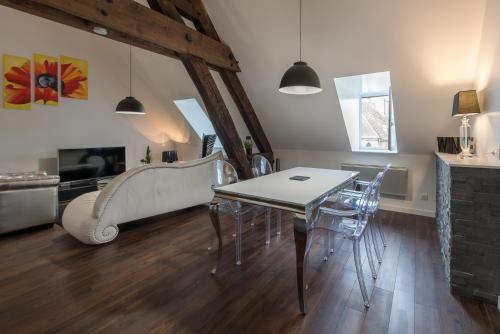 Le Loft de la Rochepot : Apartment near Beaune