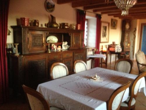 Jamou : Guest accommodation near Cambon-et-Salvergues