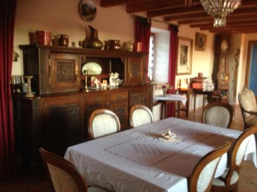 Jamou : Guest accommodation near Cambon-et-Salvergues