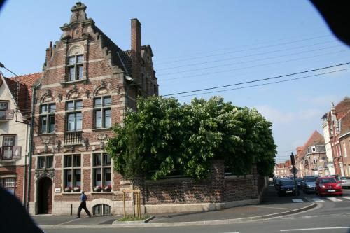 Belle de Flandre : Bed and Breakfast near Saint-Jans-Cappel