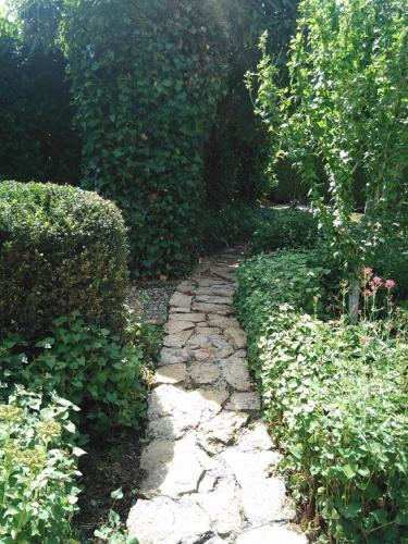 Gîte De La Souris Verte : Guest accommodation near Gevry