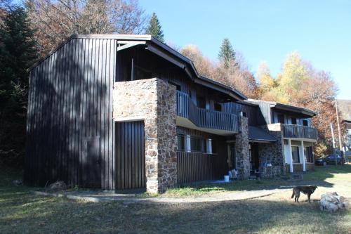 Chalet Les Marmottes : Hotel near Freychenet