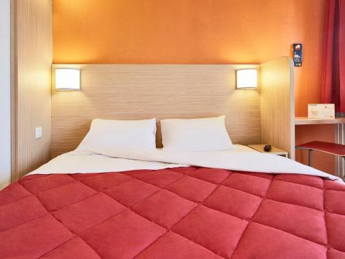 Premiere Classe Marne la Vallée - Torcy : Hotel near Férolles-Attilly